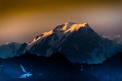 Mont Blanc - golden hours (iggyshoot) Tags: landscape mountains nature montblanc mountain montagne couleur color feelfree sunset goldenhour goldenhours heuredor coucherdesoleil neige snow sommet alps alpes frenchalps