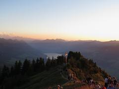 Stanserhorn 26.8.2016 (Priska B.) Tags: stanserhorn stans nidwalden berg horn gipfel cabrio bahn seilbahn luftseilbahn sonnenuntergang kraftort felsen schweiz switzerland swiss svizzera innerschweiz unterwalden ch sonne obwalden sarnersee
