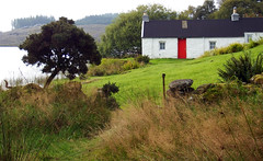 But n' Ben with the Red Door (Lord Eglinton) Tags: alba cowal way portavadie kames but ben sunday post scotland argyll lochan caledonia