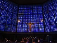 Inside Kaiser Wilhelm Memorial church in Berlin (Sokleine) Tags: church glise kirche kaiserwilhelmmemorialchurch gedchtniskirche modern religion culte wwii berlin deutschland germany allemagne christ christus jc choeur