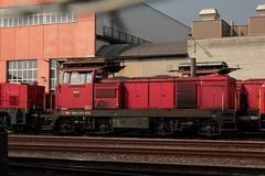 SBB Diesellokomotive Bm 4/4 18422  ( Rangierlokomotive - Lokomotive => Hersteller SLM Nr. 4469 - SAAS => Inbetriebnahme 1965 ) vor der Hauptwerkstätte Biel - Bienne im Kanton Bern der Schweiz (chrchr_75) Tags: chriguhurnibluemailch christoph hurni schweiz suisse switzerland svizzera suissa swiss chrchr chrchr75 chrigu chriguhurni märz 2015 albumbahnenderschweiz albumbahnenderschweiz201516 schweizer bahnen eisenbahn bahn train treno zug albumzzz201503märz albumsbbdiesellokomotivebm44 diesellokomotive lokomotive sbb cff ffs bm 44 juna zoug trainen tog tren поезд паровоз locomotora lok lokomotiv locomotief locomotiva locomotive railway rautatie chemin de fer ferrovia 鉄道 spoorweg железнодорожный centralstation ferroviaria