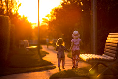 Girls (MattFinishPhotos) Tags: friends sunset kids dusk canberra holdhands