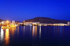 Bahia de Los Cristianos (pedroeldeguimar) Tags: noche mar los agua paisaje pedro bahia tenerife nocturnas teide gomez cristianos