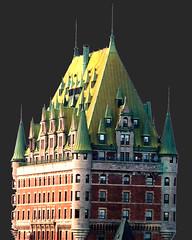 Chateau Frontenac en Noir (Bill in DC) Tags: canada quebec 2005 eos3 film kodacolor hotels chateaufrontenac