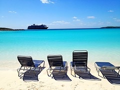 Half-moon-Cay-Bahamas-REmzi-OtenJPG (remzioten) Tags: bahamas island travel cruise ship ocean atlantic half moon cay chairs summer vacation