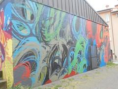 160 (en-ri) Tags: bologna wall muro graffiti writing rosso grigio azzurro blu