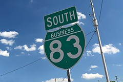 Interstate 83 Business Loop shield (SchuminWeb) Tags: schuminweb ben schumin web july 2016 pennsylvania pa york county road highway highways interstate system business loop loops 83 i83 green north northbound george street south st streets route routes routing routings sign signs signage high way ways inter state roads signing