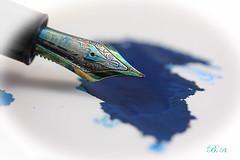 Blue monday ... (* Philippe B) Tags: thefirstletterofmyname macromondays pen nib blue ink montblanc stylo encre bleu macro eos canon 450d