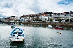 Dora (Juan Miguel) Tags: atlntico bayona espaa europa europe galicia juanmiguel sonyalpha700 spagne spain spanien tamron1750 agua barca boat casas houses mar sea water