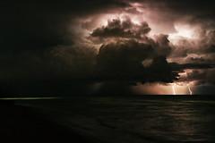 invocazione a zeus 1 (duegnazio) Tags: duegnazio canon 2016 40d mare fulmine temporale notturno