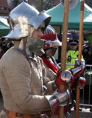 Richard III at Market Bosworth 22/03/2015 (flambard) Tags: leicestershire leicester coffin hearse bosworth richardiii marketbosworth cortege reburial richard3rd