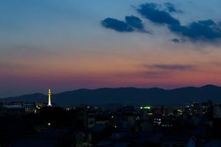 京都タワーと西山三山 / Twilight Kyoto Tower