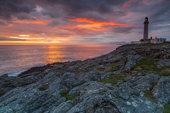 The Point of Ardnamurchan .. (Gordie Broon.) Tags: pointofardnamurchan lighthouse sunset ardnamurchanpeninsula achosnich portuairk kilchoan scottishhighlands seascape scotland schottland paysagemarin ecosse rocks theminch ocean scozia caledonia escocia alba isleofrum summer 2016 gordiebroonphotography view scenic scottishwesternhighlands scenery canon5dmklll canon1635f4l sky sea bench geotagged