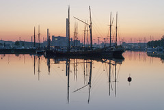 Sunrise in Helsinki (richardsercombe) Tags: sunrise boats helsinki harbour north pohjoissatama