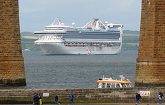 Caribbean Princess (Gerry Hill) Tags: caribbean princess imo 9215490 cruise liner south queensferry forth rail bridge scotland