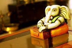 Harmonium Ganesha!!! (Natesh Ramasamy) Tags: india slr canon religious temple photography eos photo ganesha god indian religion picture pic lord ganesh spiritual hindu hinduism canoneos vinayaka vinayak pillayar natesh ramasamy vinayaga pillaiyar 700d t5i ramnaganat canont5i