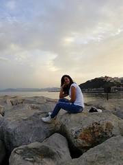 *Aqu estoy, sentada sobre esta piedra aparente. Slo mi memoria sabe lo que encierra (...) estoy y estuve en muchos ojos, yo slo soy memoria y la memoria que de m se tenga...* #Ceuta #PlayaDelChorrillo (ydimarnaime) Tags: playadelchorrillo ceuta