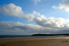 Clouds and Footprints (Dave Roberts3) Tags: wales glamorgan vale barry whitmorebay friarspoint beach sand sea waves evening coth naturethroughthelens absolutelystunningscapes
