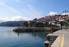 Lastres, Asturias, Espaa (Caty V. mazarias antoranz) Tags: lastres asturias puertodelastres principadodeasturias costasasturianas cantbrico mar salitre pescado aguasalada