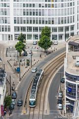 Nantes-Tour_de_Bretagne_vue_vers_Place_Sainte-Elisabeth_TAN-Inspiro_Nr351_22072016 (giesen.torsten) Tags: nantes frankreich france paysdelaloire nikon tourdebretagne aussichtsplattform blickbernantes nikond810 incentro adtranz tramway strasenbahn tram