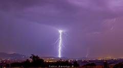 Impact de foudre sur l'ouest de Lyon (Fabio Aqualys Photographie) Tags: orage foudre clair orages lyon