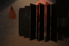 Guggenheim 3 (rosa_rusa) Tags: rosarusa bilbo bilbao gorria rojo beltza negro guggenheim magrit