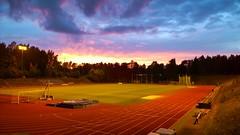 Vuosaaren urheilukentt (timo_w2s) Tags: heteniitty urheilukentt vuosaari sunset athletics helsinki finland evening