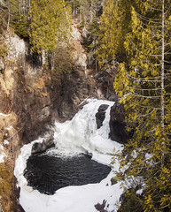 Frozen waterfall (Citizen 4474) Tags: statepark winter ice minnesota river landscape waterfall northshore cascade lakesuperior lutsen