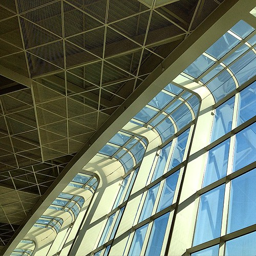 Новый аэропорт Баку просто поражает, оч круто!