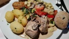 Schweinefilet mit Kartoffeln und Gemse (eagle1effi) Tags: food essen stuttgart gourmet sfm compagnie speisen herma schweinefilet regionstuttgart samsunggalaxys5