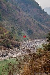 Lokalna przeprawa przez rzek (www.wlasnadroga.pl) Tags: nepal wlasnadroga bicycletravel bicycle rower