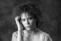 Sadness (Dam Studios) Tags: sad sadness taste tristeza bw hir rulos curly look mirada women mujer retrato portrait canon