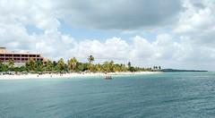 Guardalavaca_2 (raquelpastor) Tags: guardalavaca pesquero holguin beach playa paradise paraiso relax people arena cuba travelling backpackers mochileros experience turismo livestyle