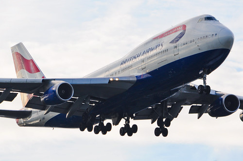 British Airways 747-436 G-BNLY