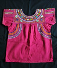 Zapotec Blouse Oaxaca Guiloxi Mexico (Teyacapan) Tags: zapotec blusa blouses mexican oaxacan guiloxi laxopa embroidered textiles clothing ropa