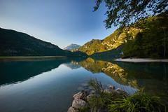 Lago Di Cavazzo Carnico (Claudio IT) Tags: lago lake cavazzo udine italia italy friuliveneziagiulia water acqua sony riflessi reflections mountain montagne alberi sel1018 sonya7m2