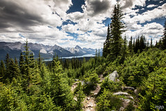Threatening clouds over Maligne Lake (mzagerp) Tags: road trip usa canada rockies rocheuses etats unis mzagerp jasper national park black bear ours brun lake maligne lac valley bald hills caribou mountain goat chvres de montagne angel glacier