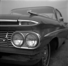 impala (Paul Lundberg) Tags: weltaweltax6x6 foldingcamera carlzeissjena75cmtessar28 rodinal epson v550 epsonv550 blackwhite