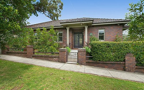 6 Bega Rd, Northbridge NSW 2063