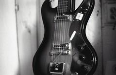 min370011 (dcsides) Tags: md minolta guitar 200 ultra x370 aristaedu fomapan teisco 50mmf17 superastrotone