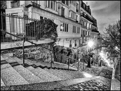 Montmartre (sebaloix) Tags: borderfx