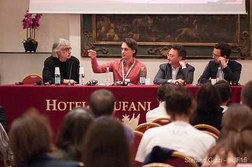 Innovazione nella distribuzione di contenuti digitali: il caso italiano e due benchmark europei