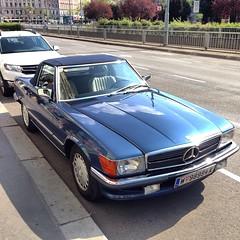 Mercedes-Benz SL - Vienna, Austria (RiveraNotario) Tags: cars autos carspotting