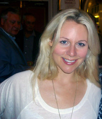 Abi Titmuss star of Up 'n' Under Eastbourne 2010 (Daves Portfolio) Tags: theatre company eastbourne abititmuss upnunder hulltruck devonshireparktheatre abigailtitmuss