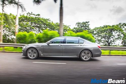 2016-BMW-7-Series-02