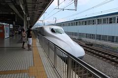 Onwards to Nagoya (cosmostrainadventures) Tags: n700seriesshinkansen tkaidshinkansen mishima n7002000 n7002000series n700a setx76 x76 jr jrcentral jrn700 n700series shinkansen