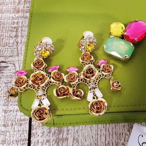 Beautiful Cross #multicolors #accessori #personalizzati #madeinitaly #handmade #collane #Younique #showroom #aversa #personalize #jewelsbag #yellow #store #instagood #instaclouds #instaspring #summer #seasons #like #artigianale #instafashion #lofi #nofilt