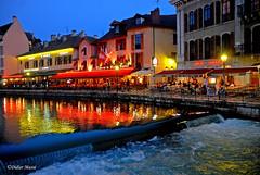 Annecy de nuit (didier95) Tags: annecy architecture ville maison nuit lumiere eau reflet