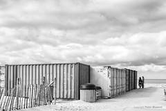 Container (Pieter Musterd) Tags: kijkduin strand container endofseason byebyesummer denhaag pietermusterd musterd canon pmusterdziggonl nederland holland nl canon5dmarkii canon5d sgravenhage thehague zuidholland paysbas thenetherlands niederlande haagspraak