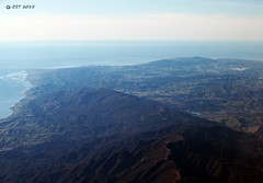 El Capitan Canyon & Park (zeesstof) Tags: california flight aerialview aerial unitedairlines windowseat elcapitancanyon elcapitanstatebeach hilltoproad wcaminocielo zeesstof laxtosanluisobispo